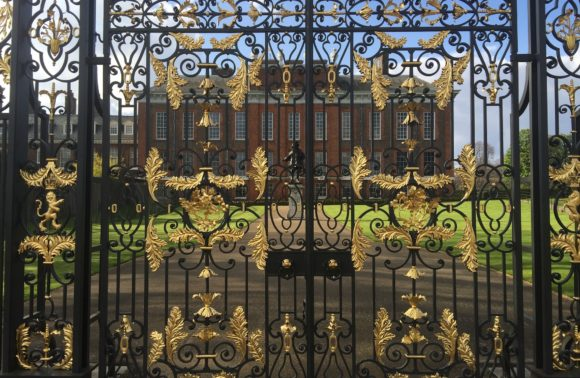 ANGLETERRE - PALACE KENSINGTON